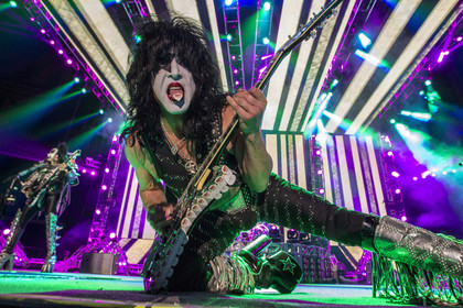 Jubiläum - Fotos: KISS live in der o2 World in Hamburg