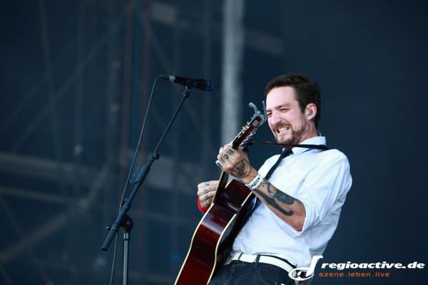 Abwechslung - Fotos: Frank Turner and the Sleeping Souls live bei Rock am Ring 2015 in Mendig